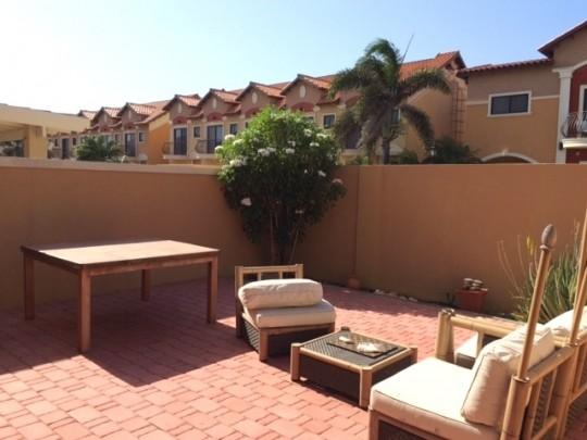 Schitterende volledig gemeubileerde woning in prestigieus resort re max bonbini aruba - Volledig gemeubileerd ...