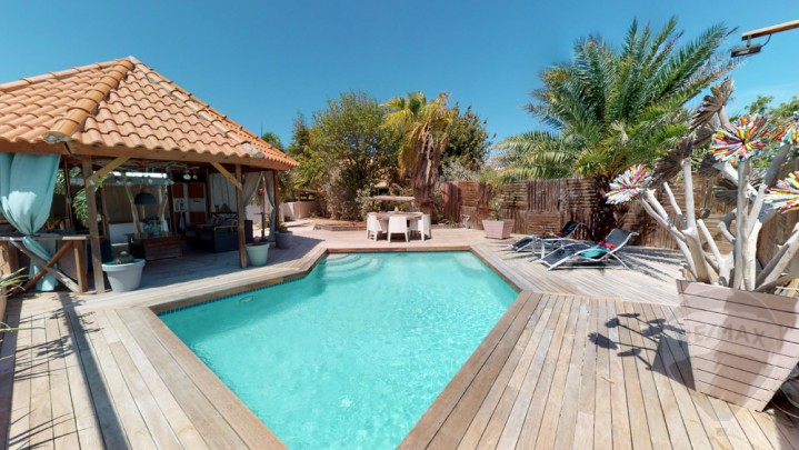 St Catharina - Fairy-tale 3-bedroom house with swimming pool
