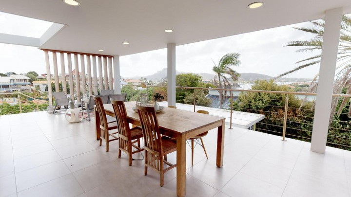 Jan Sofat 44 - modern multi-unit villa with grand view and pool!