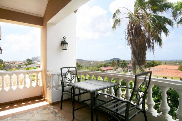 Cas Grandi - Beautiful family home for sale near Jan Thiel with views