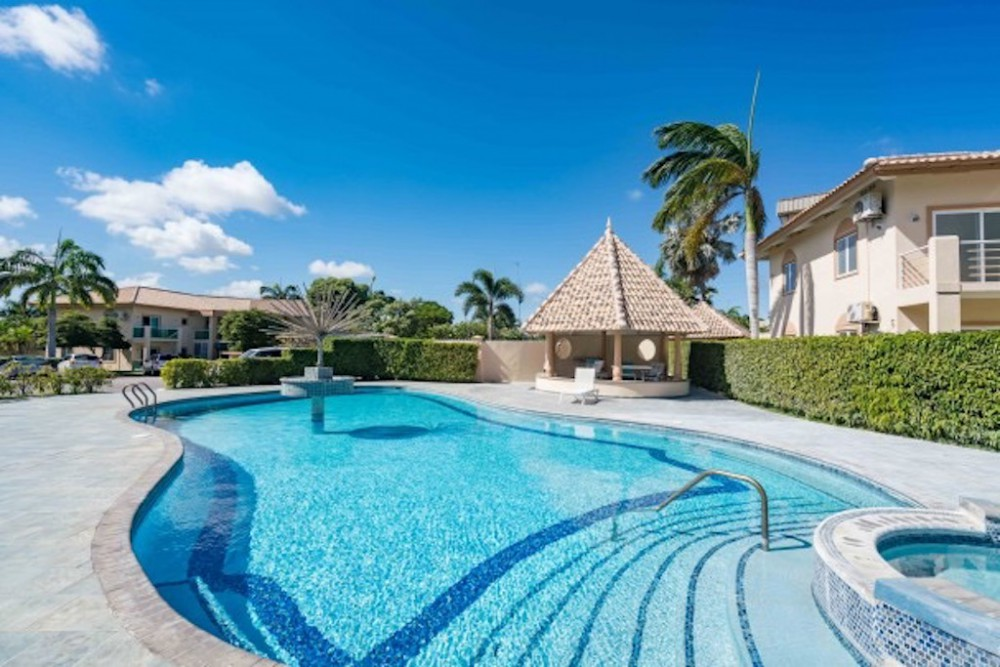 Gaito Luxury 3 Bedroom Apartment For Rent In Upscale Gated Community Re Max Bonbini Curacao
