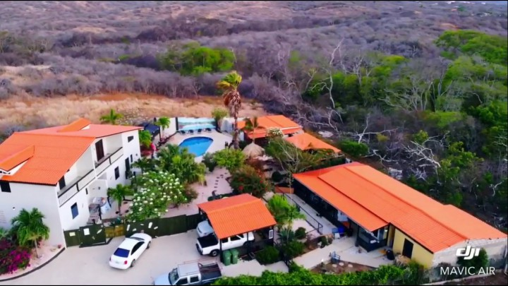 Barber - Gorgeous 6 Unit Boutique Resort or Family Compound!