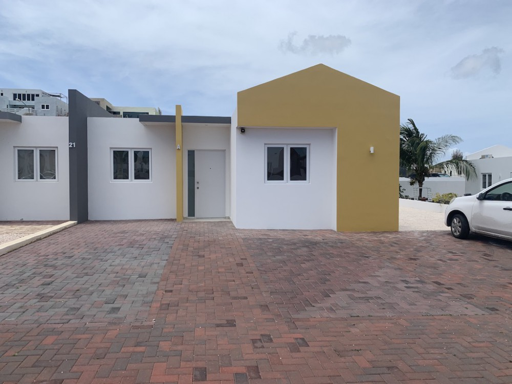 RE/MAX real estate, Curacao, Brakkeput Abou, Brakkeput - 3-bedroom house in Kasalta Resort