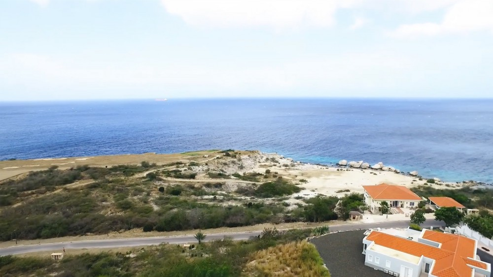 RE/MAX real estate, Curacao, Blue Bay, Blue Bay Resort BT-7 amazing ocean views and close to private beach