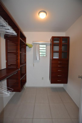Curasol - For rent: 3-bedroom apartment close to beach