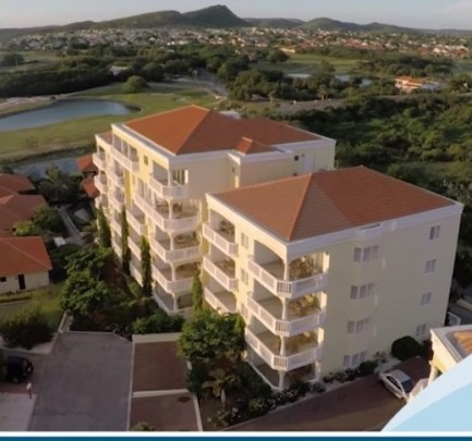 Furnished 1-bed condo on 4th floor -gated community with private beach