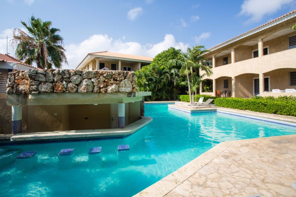RE/MAX real estate, Curacao, Curacao, Cocobana Resort - Nice 2-bedroom apartment for sale on a luxury resort