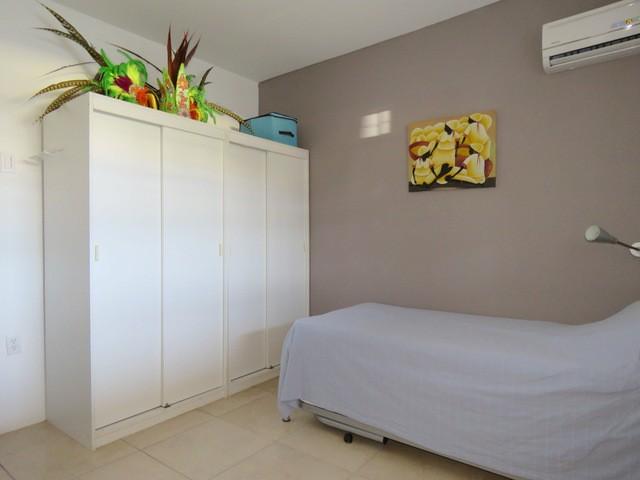 Bottelier 2 slaapkamer appartement in kleine gated for Slaapkamer te koop