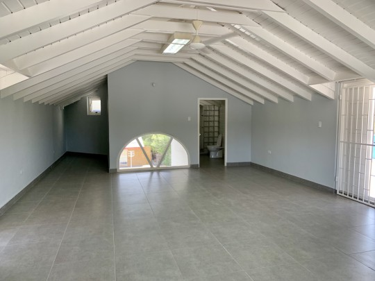 Dr. Maalweg/ Saliña - Commercial building including studio apartment