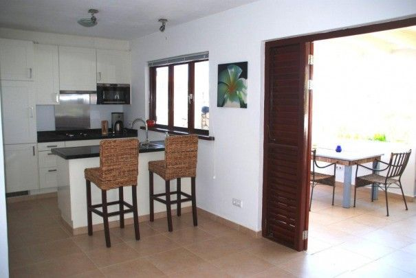 Brakkeput Abou: Make a good return on your investment with these 2 bedroom apartments. New, Rented, Managed, Easy!