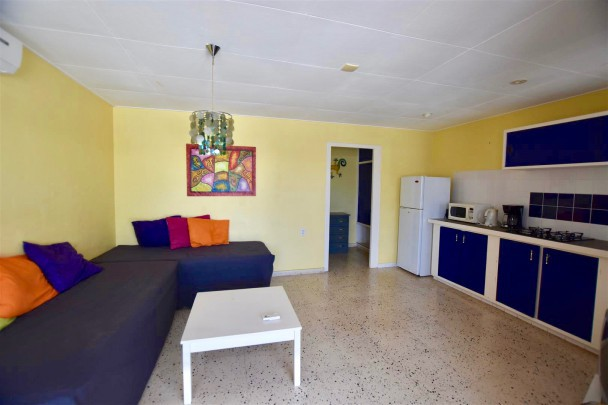 Janwe – Apartment complex with pool for sale – great for investment!
