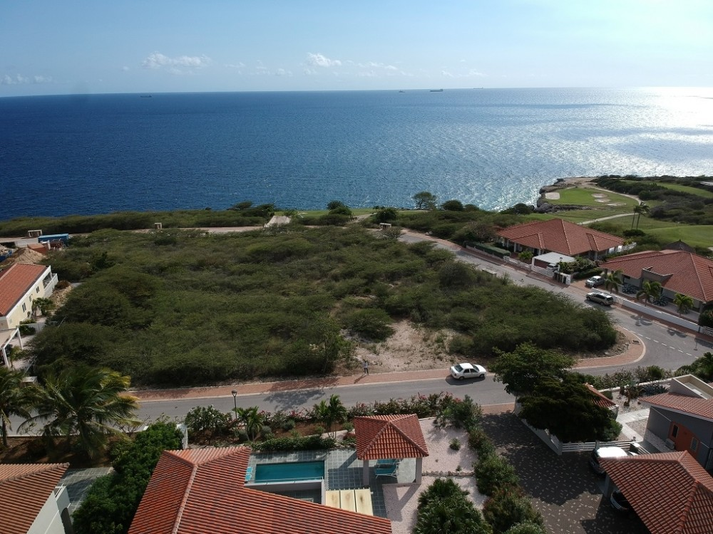 RE/MAX real estate, Curacao, Blue Bay, Blue Bay Heights BB-50 Curacao - large lot for sale - great sea view!