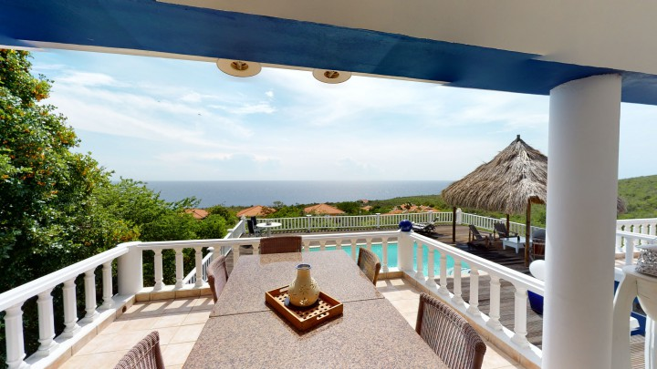 Rif St. Marie - Family house with pool and gorgeous sea views for sale