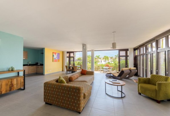Modern villa with pool, beach and golf - incl. weekly cleaning!