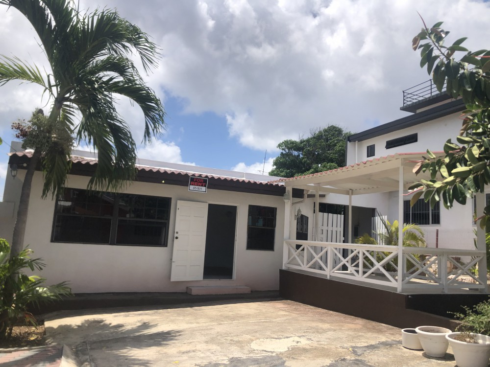 RE/MAX real estate, Curacao, Montaña, Montanja - Unique apartment with own parking space