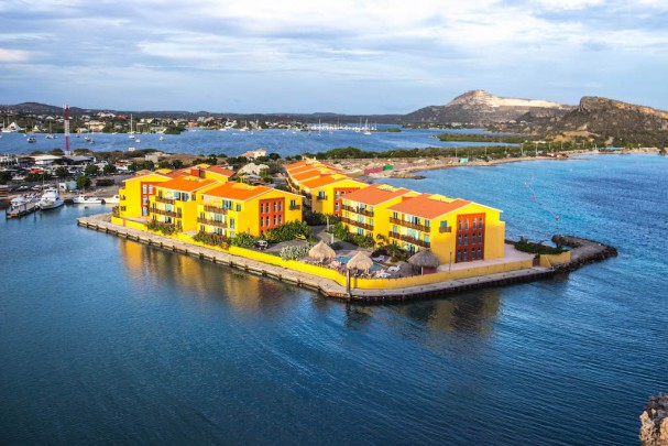 Palapa Beach resort - amazing waterfront apartments - private marina!