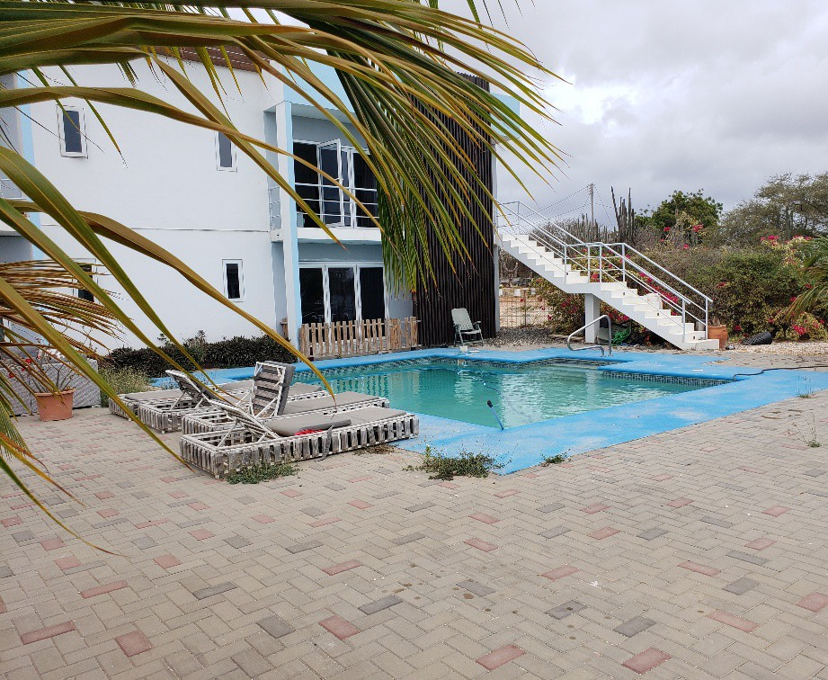 Two Bedroom Apartment for rent on Curacao with Folding doors
