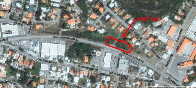 Salinja - Beautiful commercial lot on Caracasbaaiweg for sale