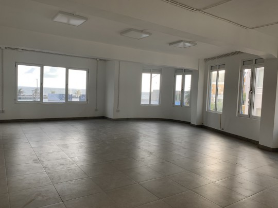 Pietermaai – 2nd floor commercial space for rent with gorgeous views!