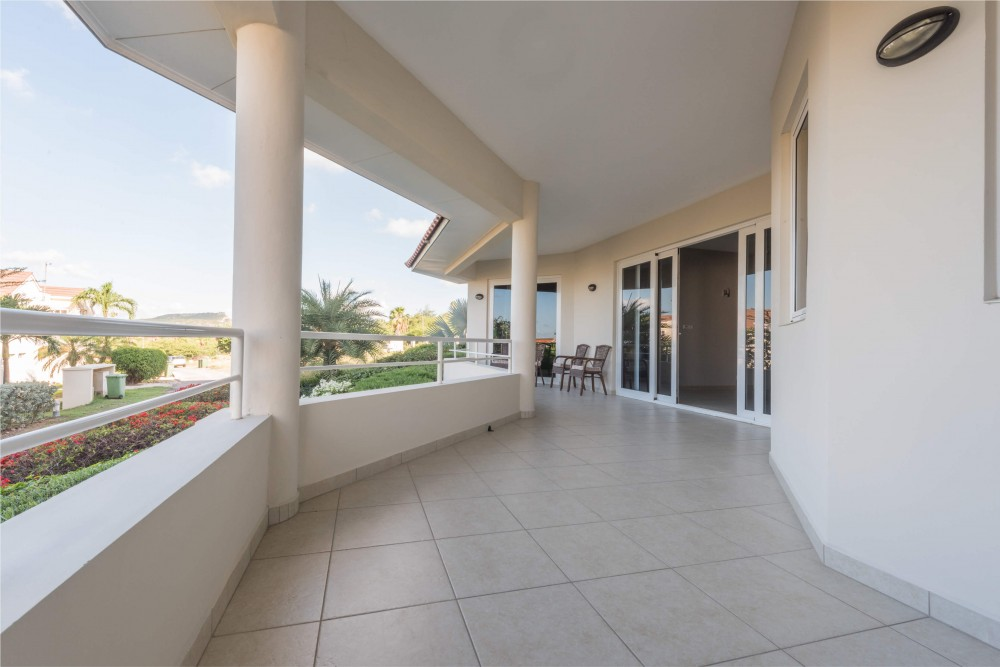 Piscadera Royal Palm Modern 4 Bedroom Apartment For Rent