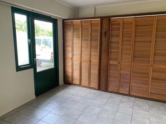 Mahaai - Commercial office space for rent in central location