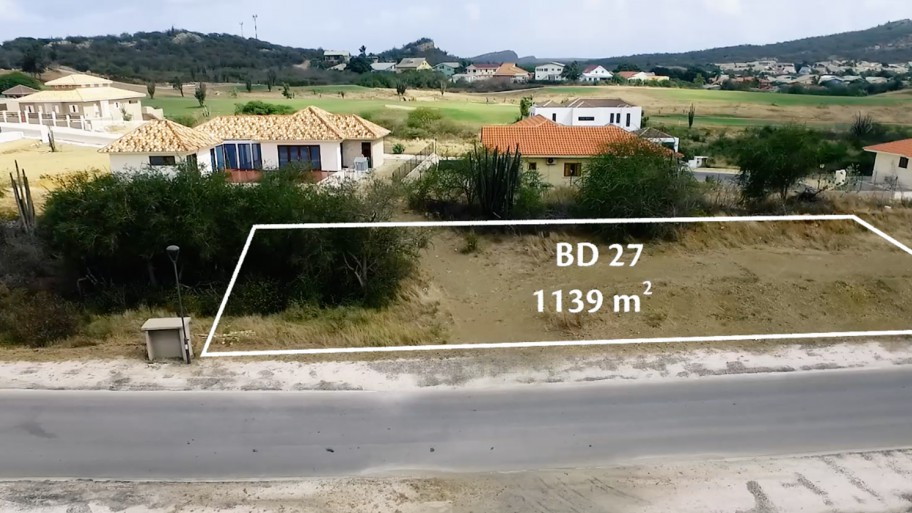 RE/MAX real estate, Curacao, Blue Bay, Blue Bay BD-27: Spacious wide lot for sale on gated resort
