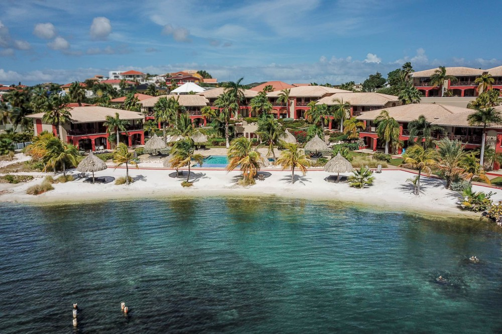 RE/MAX real estate, Curacao, Brakkeput Abou, Spanish Water Apartments - Waterfront Condo for sale at the beach