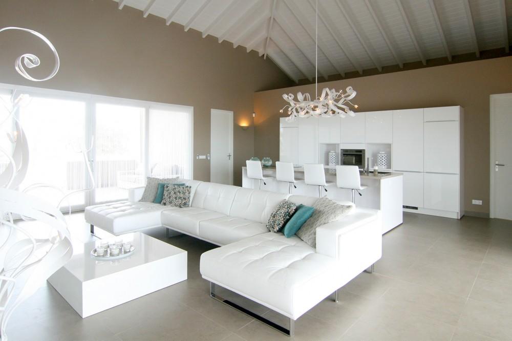 Modern Woonkamer Design : Blue bay bb modern villa on toplocation in golf resort